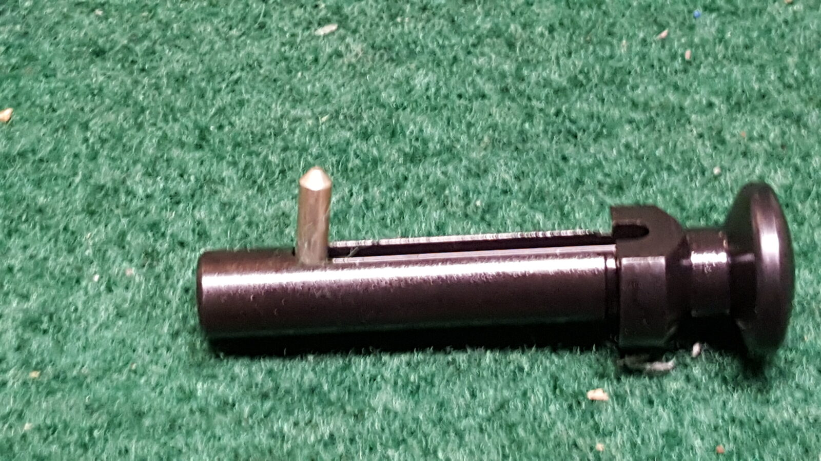 Pivot Pin Assembly : Assembling an ar lower step of installing the